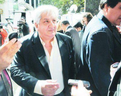 El gremialista Julio Piumato está internado tras dar positivo de coronavirus