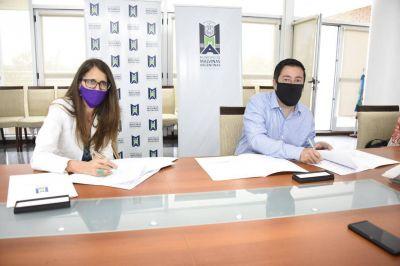 Leo Nardini firmó convenios en materia de Género y Diversidad con el Estado nacional
