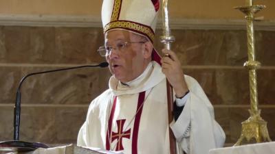 Un cura párroco atacó a puñetazos al obispo de San Rafael