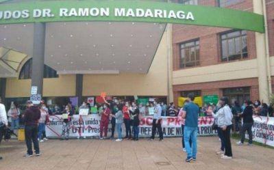 Segundo día de protesta en el Parque de la Salud por los masivos despidos
