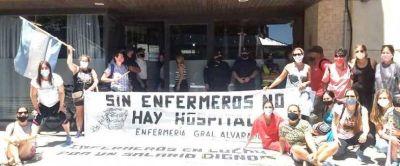 Enfermeras continúan con el reclamo salarial