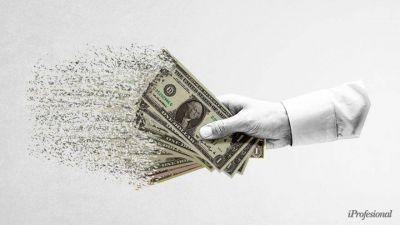 Argentinos quieren dólares, pero el Gobierno hizo todo para aplacar la fiebre: así cierra la demanda en el 2020
