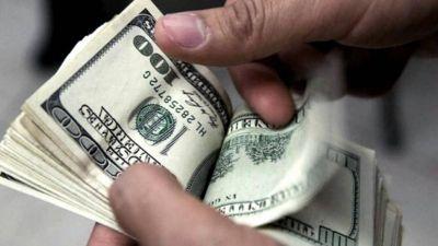 Dólar blue: Semana corta, aguinaldo y salto de precio