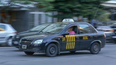 Taxistas, en alerta ante el posible desembarco de otra app de transporte: