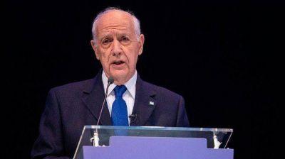 Roberto Lavagna criticó al Gobierno con un duro documento en el que dijo que