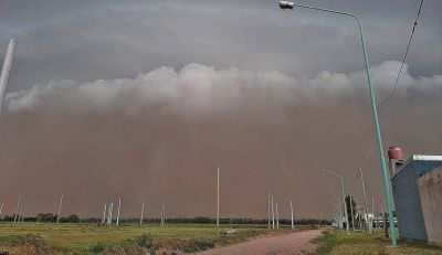 El sur cordobés, acechado por feroces tormentas de tierra