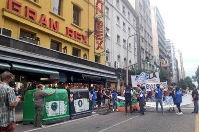 Realizaron un reclamo por la reapertura de salas de cine en Córdoba