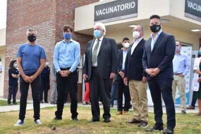 Menéndez acompañó el lanzamiento del Plan de Vacunación