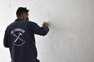 Ex detenidos y trabajadores excluidos reacondicionarán la Facultad de Humanidades