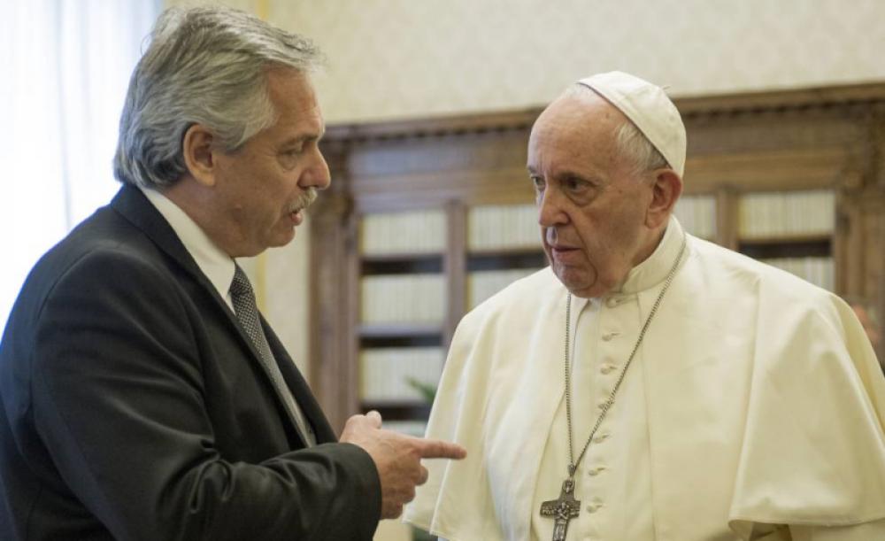 Por el aborto legal el Gobierno abre un frente crítico con la Iglesia y aleja la visita del Papa