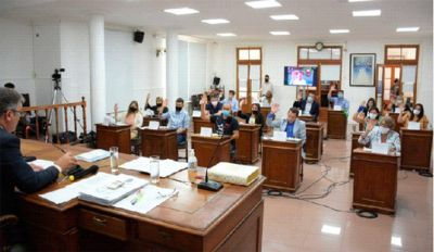 Sin aval opositor, el oficialismo vota el Presupuesto 2021
