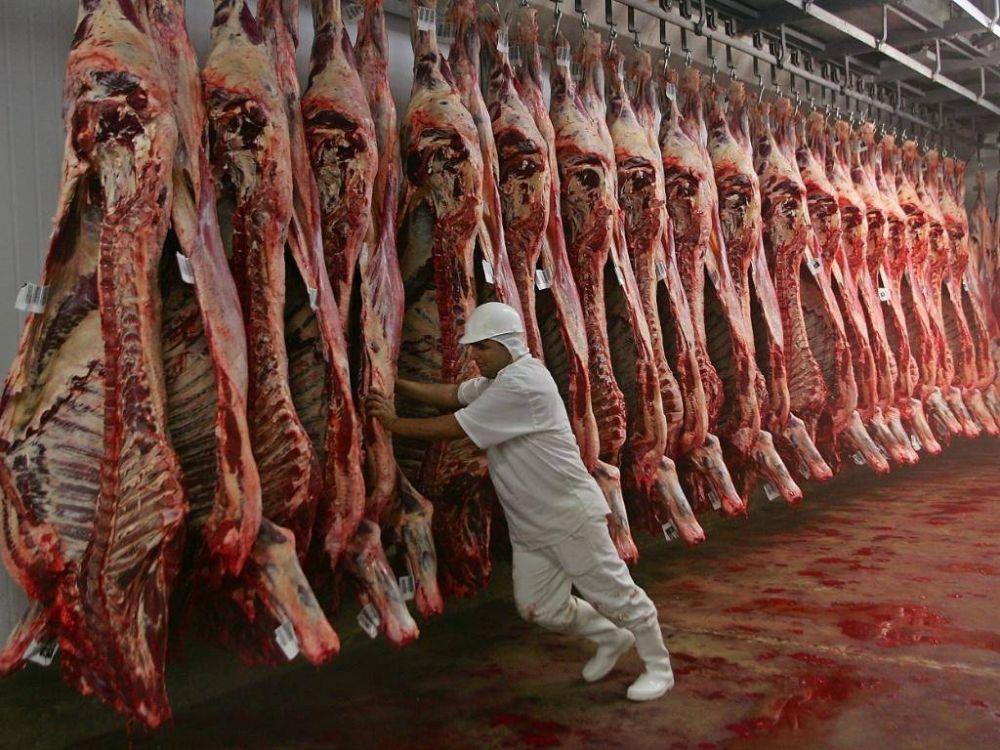 La FESITCARA logró un bono de fin de año para trabajadores de la carne
