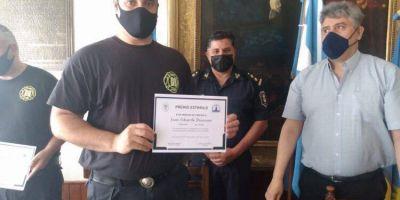 Reconocimiento a Bomberos Policías de De la Garma