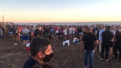 Desactivaron más fiestas clandestinas: una de ellas con 1500 personas en una playa