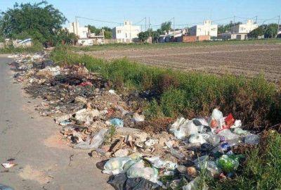 Piden erradicar los basurales alrededor del Complejo Penitenciario Rosario