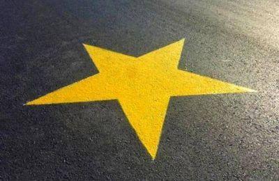 Primera estrella amarilla en Merlo