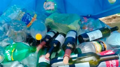 La separación de residuos es de gran importancia, ya que es una práctica que facilita el reciclaje