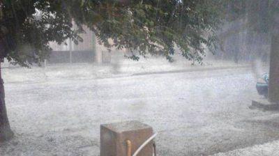 La Provincia comenzó con el relevamiento para ayudar Villa Huidobro tras la última fuerte tormenta