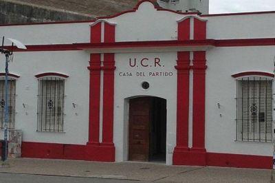 Default: La UCR durísima con Bordet