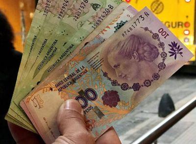Los salarios superaron a la inflación en octubre, según informó el INDEC