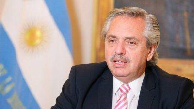 """Alberto Fernández defendió a Victoria Donda: """"No está en su naturaleza sacarle ventaja al Estado"""""""