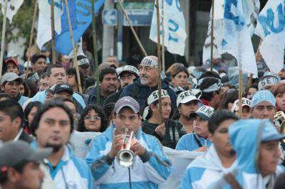 Jujuy: Trabajadores municipales reclamaron por la reincorporación de despedidos