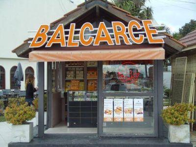 Impiden a empleados de Postres Balcarce ingresar a sus lugares de trabajo