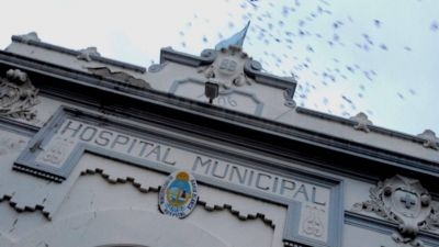 Los profesionales del Hospital Municipal no descartan medidas de fuerza si no llegan las vacunas