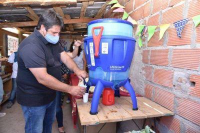 Donan 140 filtros de agua segura para familias de Colonia Nueva Esperanza