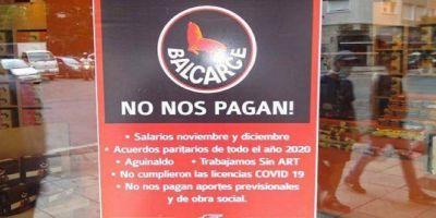 Postres Balcarce no les paga a sus trabajadores y les debe más de $150.000