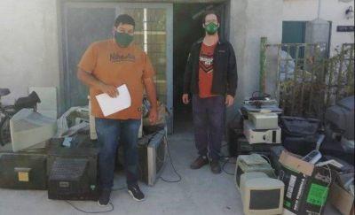 Gaiman despachó el primer cargamento de residuos electrónicos para su reciclaje y reutilización