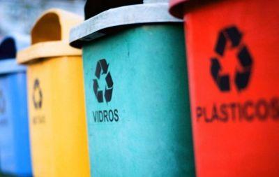 Se promulgó la ley que establece la separación de los residuos en dependencias públicas provinciales