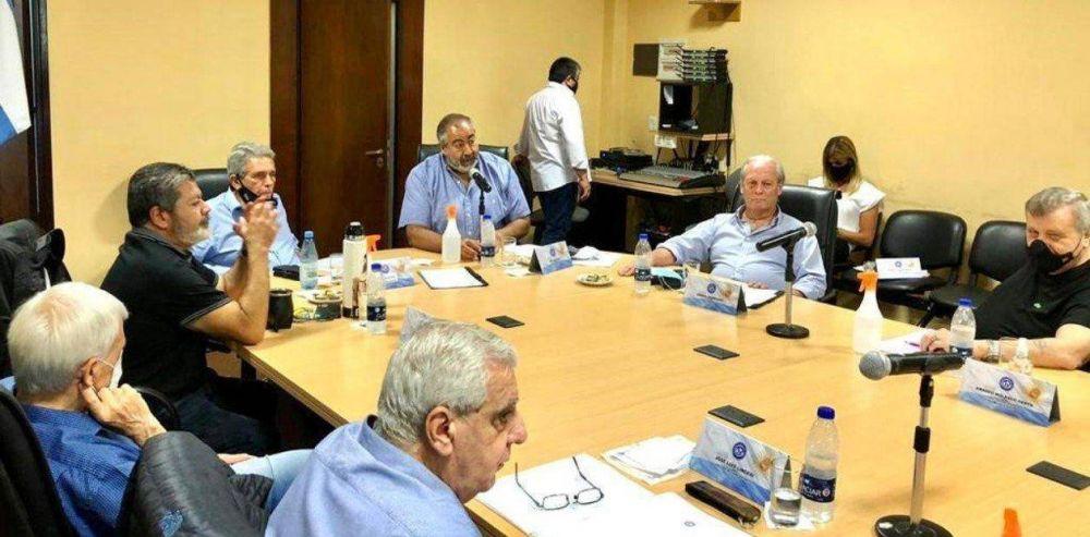 En alerta por el avance cristinista sobre el sistema de salud, la CGT convocó a una inusual cumbre de verano