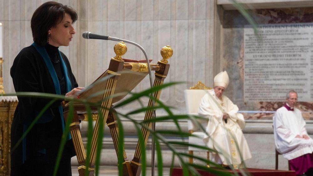 El Papa: los ministerios del Lector y del Acólito estén abiertos a las mujeres