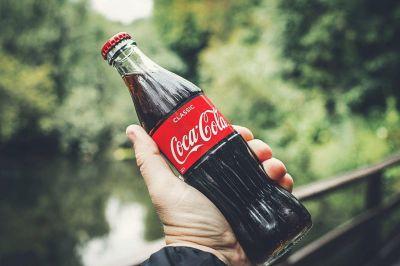 Por qué Coca Cola revive su servicio de suscripción