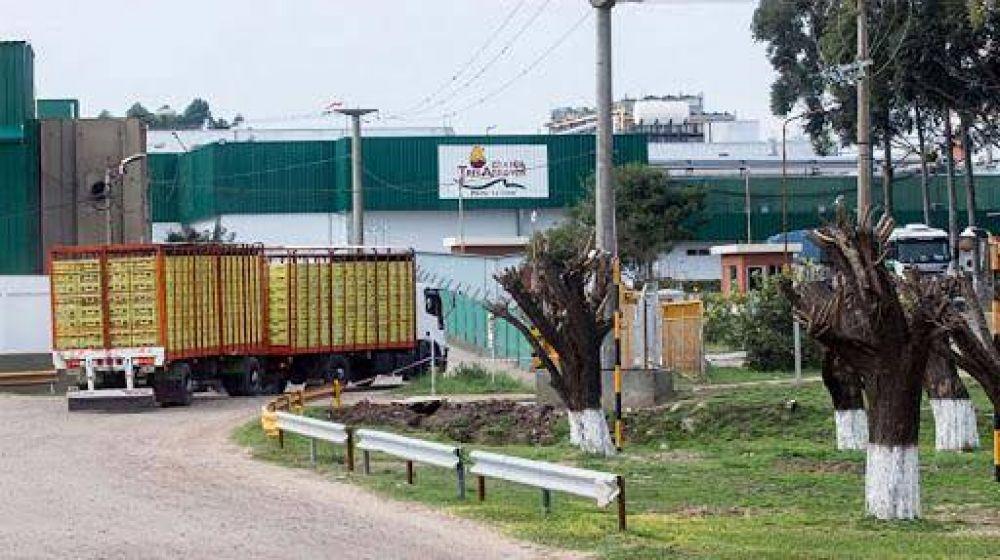 Granja Tres Arroyos responsabilizó a los trabajadores por la baja producción