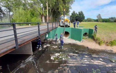Los olores nauseabundos no aflojan en el arroyo Rodríguez y los vecinos buscan auxilio