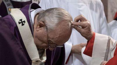 Miércoles de Ceniza 2021: Vaticano indica cómo distribuir cenizas sin contagiar COVID-19