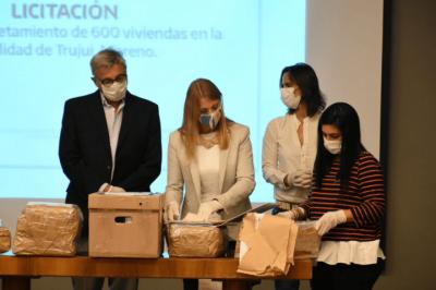 Moreno | La Provincia licitó obras para finalizar 600 viviendas en Trujui