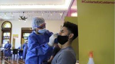 Segunda ola en la Ciudad: cómo se preparan los hospitales porteños ante el aumento de casos