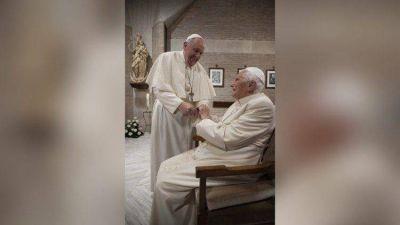 La campaña anti covid en el Vaticano, vacunados el Papa y el emérito