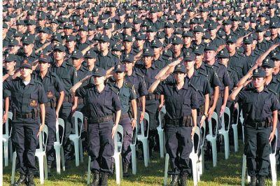 Kicillof anunció un nuevo aumento para la Policía y el Servicio Penitenciario