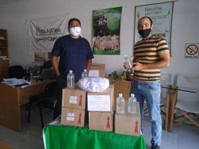 UATRE y RENATRE entregaron material de prevención contra la COVID 19 a trabajadores rurales migrantes en Río Negro
