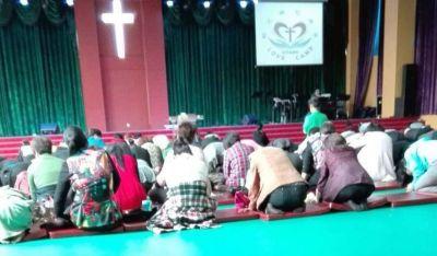 """Teólogo especializado en el cristianismo chino afirma: """"Es hora de orar por los protestantes en China"""""""
