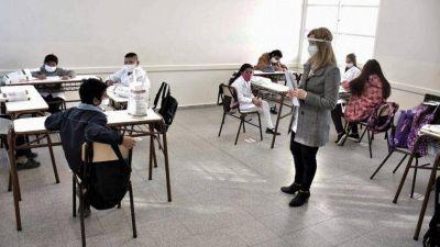 Clases presenciales: la oposición pide que la educación sea declarada