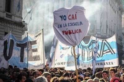Mauricio Macri, Carolina Píparo y la alianza con el bussismo: La metamorfosis opositora