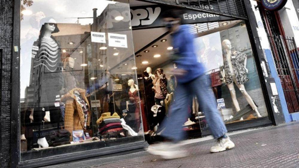 Empresarios porteños salen a pedir ayuda estatal para sostener los empleos en el Comercio