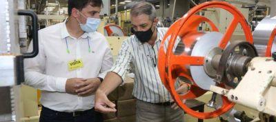 El intendente Alejo Chornobroff visitó la Tabacalera Sarandí