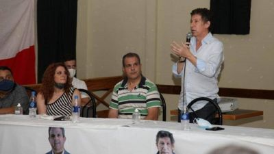 Posse reaviva la interna de UCR con local en Castelar