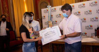 Se firmaron los primeros microcréditos para emprendedores florenses